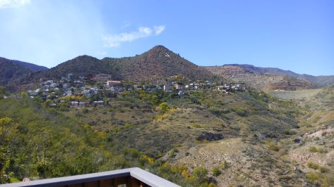 jerome-view-outside-town2